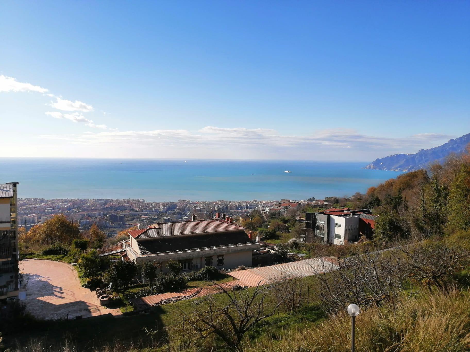 Giovi, Salerno - Un buongiorno vista mare