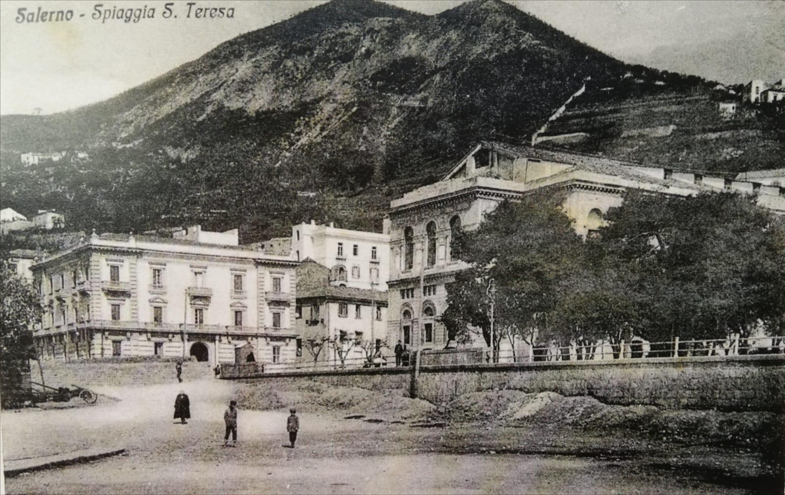 La spiaggia di Santa Teresa agli inizi del '900
