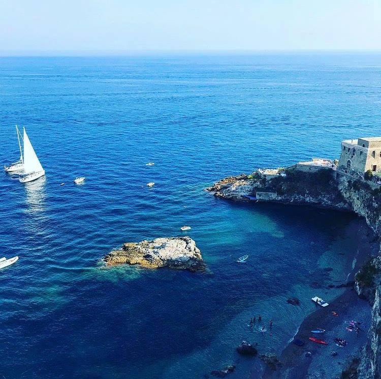 Costiera Amalfitana - Erchie: Torre la Cerniola